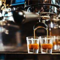 How Much Caffeine Is In Starbucks' Blonde Espresso? Don't Let The Name  Deceive You