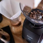 Best Coffee Grinders for a Precise Brew: Automatic vs. Manual Reviews -  Rolling Stone