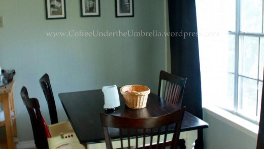 My garage sale dining table | Coffee Under the Umbrella