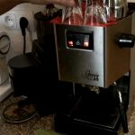 How to make an espresso with Gaggia Classic - YouTube