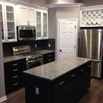 White Upper Cabinets With Espresso Lower Cabinets Love The Contrast – layjao