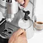 Ways to Froth Milk for Your Coffee at Home   Coffee Lounge by De'Longhi