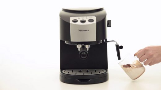 Can You Make Hot Chocolate Using An Espresso Machine | Cafeish