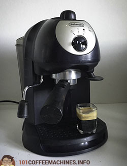Should you buy Delonghi's outdated espresso machines in 2019? De'Longhi  BAR32 Retro and EC190/201/220/221 Test & Review   101Coffeemachines.Info